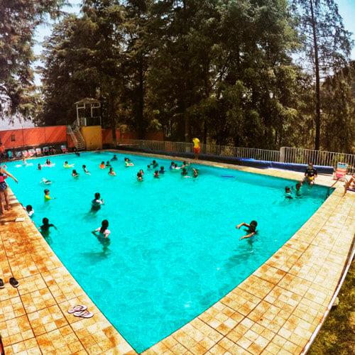Campamentos con piscina